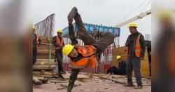 چینی مزدوروں نے 6گھنٹے میں نئی ریلوے لائن بچھادی