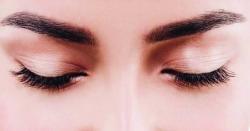 آنکھوں پر موجود بھنویں انسان کے بارے میں سب کچھ بتا سکتی ہیں؟جانیں