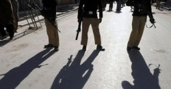 کراچی میں رینجرز اور پولیس کا مختلف علاقوں میں آپریشن، 29 مشتبہ افراد گرفتار