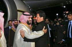 سعودی ولی عہد کی پاکستانیوں سے قربت نے دنیا کو حیران کردیا