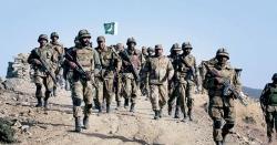 پاکستان نے مغربی سرحدوں پر تعینات فوجی  دستے پاک بھارت سرحد پر لگانے کا اعلان کر دیا