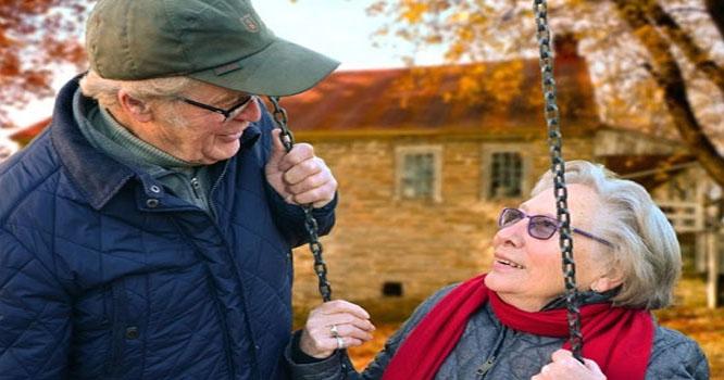 99 سال کی عمر میں 77 سال سے کھویا ہوا پیار کیسے ملا؟