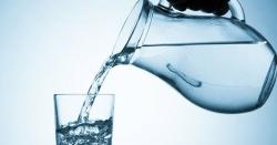 کھانےسےپہلے یا بعد میں پانی پینا کیسا ہے