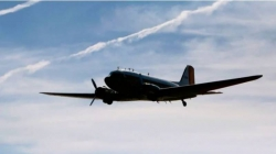 طیارہ تباہ ، بڑی تعداد میں سوار تمام مسا فر جان کی با زی ہا ر گئے
