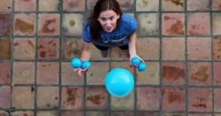 حسینہ کا پانچ گیندوں سے جگلنگ کا مظاہرہ
