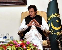 کسی کی تنخواہ نہیں بڑھائی جائے گی۔۔۔۔عمران خان نے ایسا اعلان کر دیا کہ لاہور اور اسلام آباد سمیت پورے ملک میں ہلچل مچ گئی