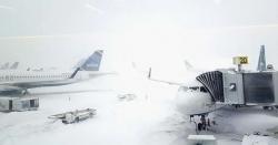 امریکا میں برفانی طوفان سے زندگی مفلوج، پروازیں منسوخ، 2 افراد ہلاک