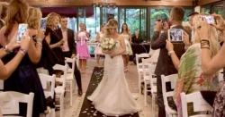 20 سال تک ''مسٹر پرفیکٹ''  کی تلاش کرنے والی خاتون نے خود سے شادی کے بعدبڑااعلان کردیا