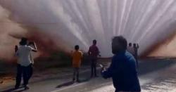 بھارت میں پانی کی پائپ لائن پھٹ گئی