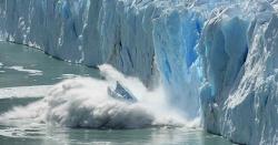 گلوبل وامنگ سے گلیشئرز کی 9 ٹریلین ٹن برف پگھل چکی