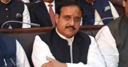 وزیراعلیٰ پنجاب عثمان بزدار کو گوجرانوالہ دورہ پر  5 افسران کیخلاف ایسی شکایت مل گئی کہ فوری عہدے سے ہٹا دیا
