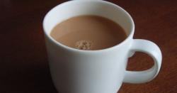 چائے پینے والے افراد کیلئے بری خبر ، ایسی خبر آگئی جسکی وجہ سے شاید آپ چائے پینا چھوڑ دیں