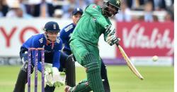 چھکوں اور چوکوں کی بارش ہو گئی پاکستان نے ورلڈ کپ سے پہلے ہی باقی ٹیموں کےلئے خطرے کی گھنٹی بجا دی