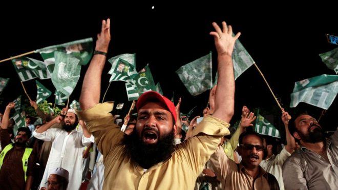 تحریک لبیک کیلئے بری خبر ، دہشتگردی مقدمے میں 16 کارکنوں پر فردِ جرم عائد