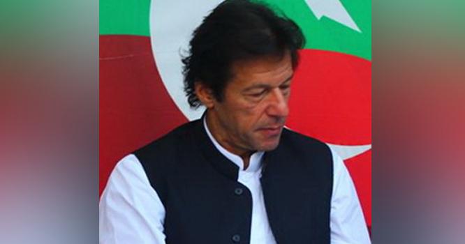 یہ کیسا کپتان ہے جو کہتا ہے مخالف ٹیم کی وجہ سے میں میچ ہار گیا ہوں،خان صاحب !