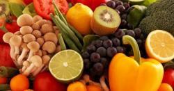 اگر روزانہ یہ پھل کھائیں تو تمباکو نوشی سے صحت کو پہنچنے والا نقصان ختم کیا جا سکتا ہے