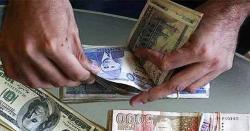 مالی سال 2019: دس ماہ میں اوور سیز پاکستانیوں نے 17.9 ارب ڈالر ملک بھجوائے