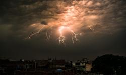 طوفانی بارشیں، ژالہ باری اور آندھی، محکمہ موسمیات نے نئی پیشگوئی کر دی