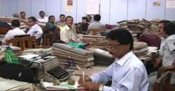 سرکاری ملازمین کو تنخواہیں ایڈوانس میں دینے کا حکم جاری کر دیا گیا