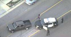 لاس اینجلس میں گاڑی چورخاتون نے پولیس کی دوڑیں لگوا دیں