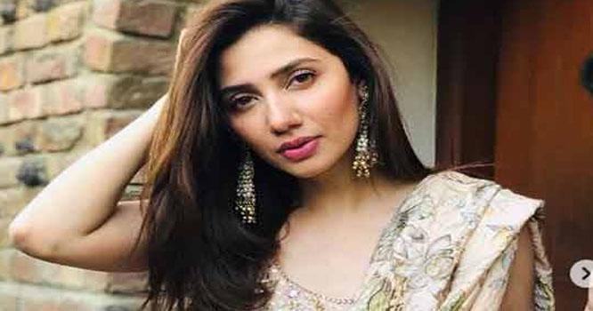 بھارتی میڈیا میں ماہرہ خان کی منگنی کی بازگشت