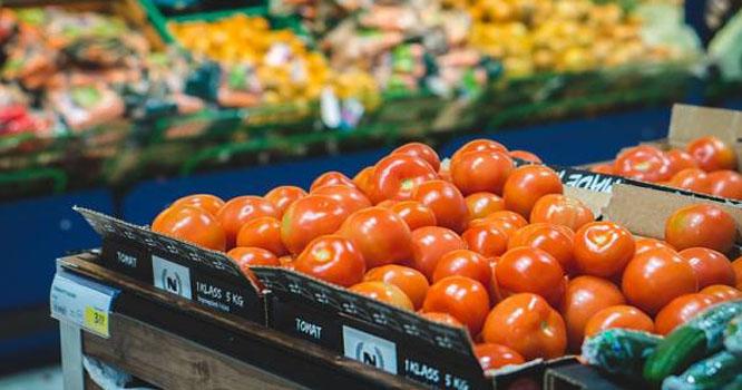 سستے بازار مہنگے ہوگئے، اشیائے خورو نوش کی قیمتیں آسمان پر پہنچ گئیں ،لیموں 360،کھجور 320روپے کلو فروخت