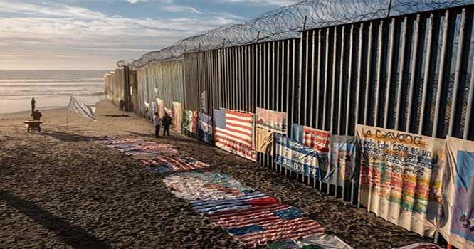 ٹرمپ نے پاکستان اور افغانستان کا فنڈ میکسیکو بارڈر پر دیوار کیلئے مختص کر دیا
