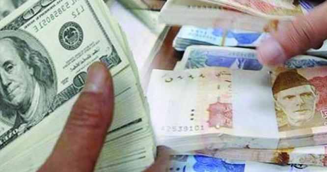 ڈالر کی قیمت بڑھنے سے پٹرول کی قیمت مزید بڑھے گی