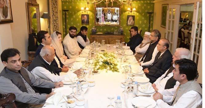 وزیراعظم عمران خان سے خاموش نہ رہا گیا  دھماکے دار بیان دے ڈالا