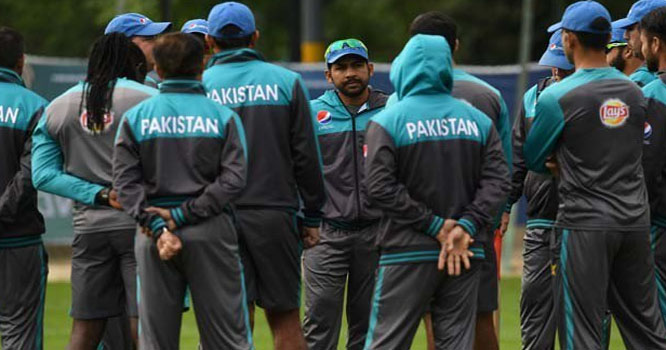شکستوں سے نڈھال پاکستانی ٹیم بحالی اعتماد کیلیے کوشاں