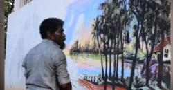پودوں، مٹی اور قدرتی رنگوں سے پینٹنگ کرنے والا بے گھر مصور
