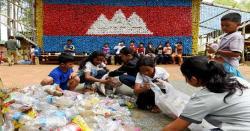 پلاسٹک کا کچرا بچوں کی سکول فیس بن گیا
