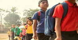 بھارتی اسکول میں بچوں کی فیس، پلاسٹک کا کچرا