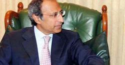 موجودہ صورتحال میں روپے کی قدر کو سنبھالا نہیں جاسکتا: حفیظ شیخ