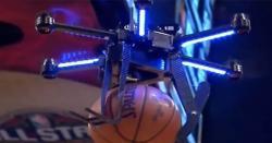 چینی نوجوان نے باسکٹ بال کھیلنے کیلئے ڈرون کا استعمال شروع کر دیا
