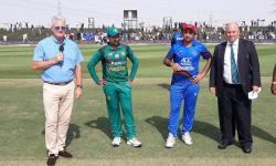 افغانستان کا پاکستان کیخلاف ٹاس جیت کر بیٹنگ کا فیصلہ