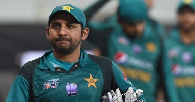 بھارت سے میچ ہارنے کے بعد پاکستانیوںکو بدلا ہوا کپتان دکھائی دینے لگا