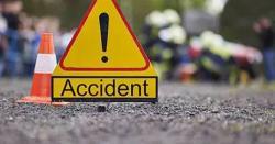 پنڈی گھیب:  مسافر کوچ اور ٹرالر میں تصادم ۔4 افراد جاں بحق ، 15افراد شدید زخمی
