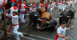 سپین میں بیلوں کی دوڑ کا سالانہ میلہ