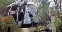 حسن ابدال کے قریب المناک حادثہ: بس کھائی میں گرگئی، 13 مسافر جاں بحق