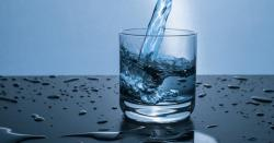 """وہ اوقات جب پانی """" نہ """" پینا صحت کیلئے بہت فائدہ مند ہوتا ہے"""