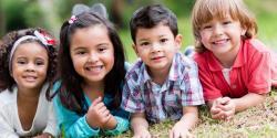 بچے خوش اور کامیاب زندگی کیسے گزار سکتے ہیں ؟والدین کے لئے ماہر نفسیات کے شاندار مشورے