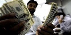 ڈالر قابو میں آگیا،روپے کی قدر مزید بہتر،سٹاک مارکیٹ میں مندی کا رجحان