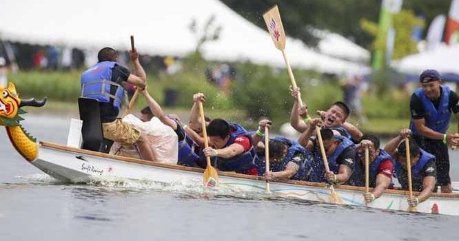 چین میں ڈریگن بوٹ ریس کے دلچسپ مقابلے