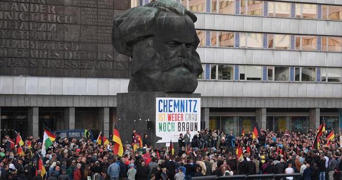 جرمنی میں دائیں بازو کے گروہ کے ذریعے 200سیاستدانوں کے قتل کا منصوبہ فاش