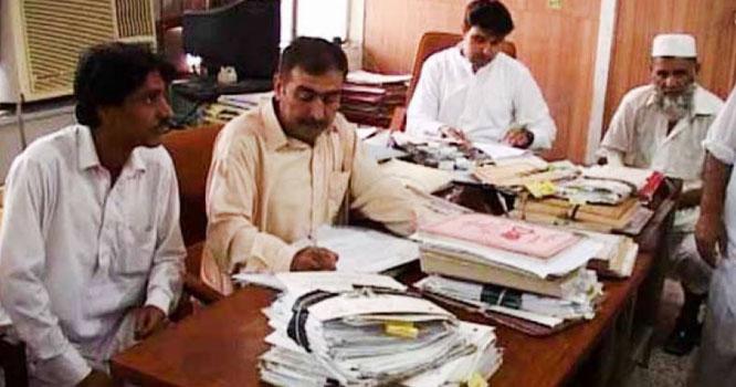 وفاقی حکومت نے ہزاروں کنٹریکٹ ملازمین مستقل کرنیکا فیصلہ کر لیا