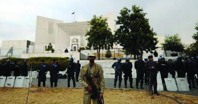 سپریم کورٹکے سابق چیف جسٹس کے ایک فیصلے نے پاکستانی معیشت کو ڈبو کر رکھ دیا