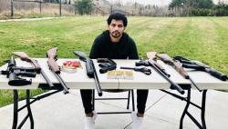 بھارتی باکسر کا کھیل میں بھی جنگی جنون، اسلحہ سجا کر عامر کو مقابلے کا چیلنج