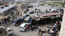گوجرانوالہ :کینٹینر یوٹرن لیتے ہوئے کار پر الٹ گیا،3افراد جاں بحق