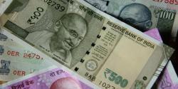 مقبوضہ کشمیر کی خصوصیت حیثیت میں تبدیلی کے بعد سے بھارت کی سٹاک مارکیٹ میں شدید مندی،روپیہ بھی گر گیا